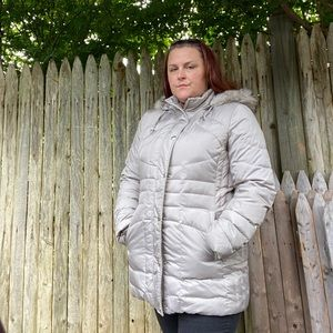 London Fog Down Puffer Style hooded coat size L
